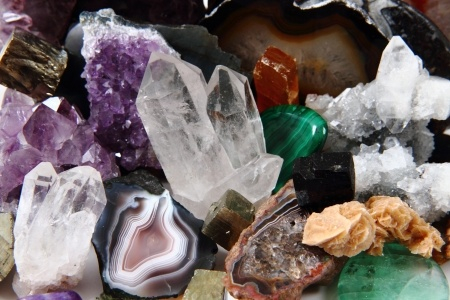 Gemstones for Psychic Abilities – Psychic Library ~ Beyond Books